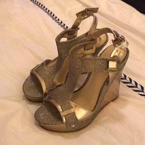 Guess wedge sandals! Worn once for a wedding